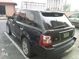 ADORABLE MOTORS: A super clean, fairly used 08 Range Rover Sports
