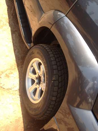 A Prado TX on quick sale Kampala - image 4