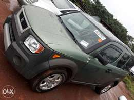 Honda Element Tokunbo (super clean) up for sale