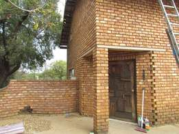 3 Bedroom House - Mooiplaas (Pretoria)