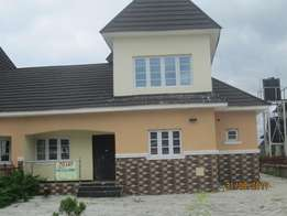 5bedroom duplex for rent lugbe