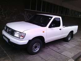 Nissan NP300 for sale in a good condition
