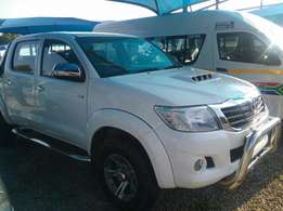 2013 Toyota Hilux 2.5 D4D Raider in excellent condition