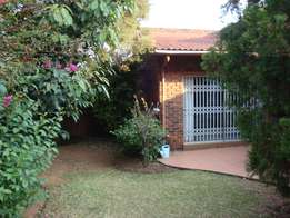 3 bed 2 bath 2 garages t/house in manor mews on dahlia rd gallo manor