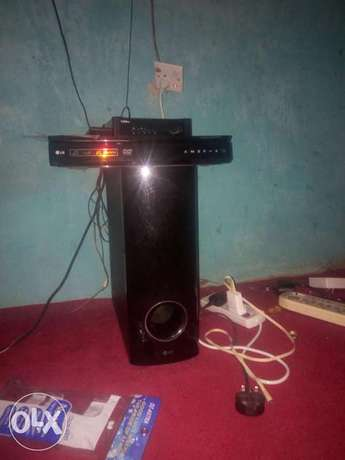 Ld hone theater for sale in good condition Osogbo - image 1