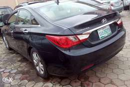 Hyunda sonata 2012 full option