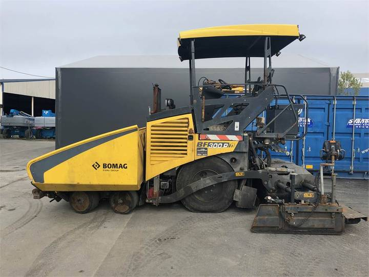 BOMAG Bf300 - 2014