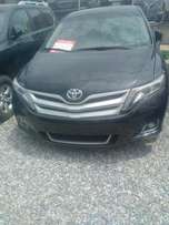 Toyota venza 013 (seven months used)