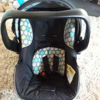 Carry Cot Chelino + Car Base