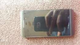 Blackberry Z10 4G LTE with free case and extra battery.