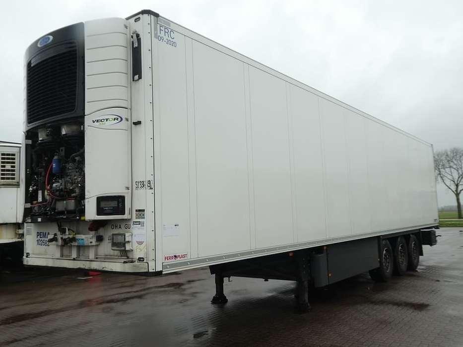 Schmitz Cargobull SKO 24 DOPPELSTOCK carrier vector 1550 - 2014