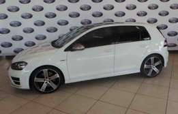 2014 Volkswagen Golf R Automatic,