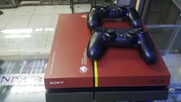 Ps4 with two pads and fifa 15.