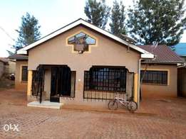 3bedroom bungalow all Ensuit for sale at Ngoigwa Thika