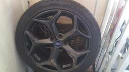 FORD FOCUS Mags and Tyres 18RIM set of 2.
