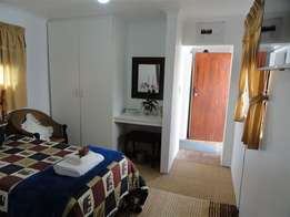 Parkmore 2 x Garden Cottages (1x1 Bedroom) and (1x1 Studio) from R3700