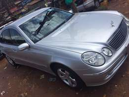 Mersedesbenz with perfect interior good engine