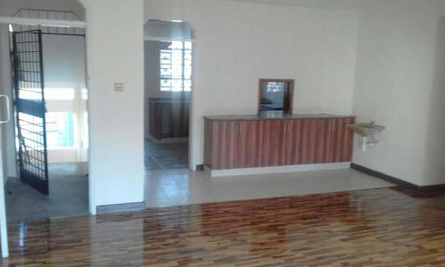 4 bedroom very spacious house for rent Kilimani - image 2