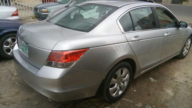 Super clean used Honda 2008 Port-Harcourt - image 2