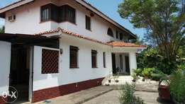 Nyali 5 bedroom maisonette house at Green wood drive for sale