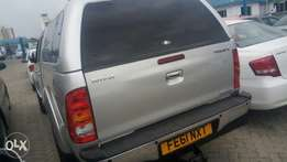 Silver toyota hilux double cab