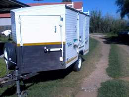 Challenger 4Door Trailer
