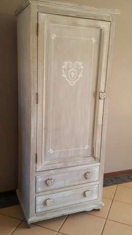 Lovely French Cabinet/Closet Pretoria East - image 5