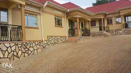 Apartments in Namugongoo on quick sell