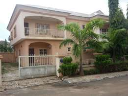 4bedroom duplex with one room BQ in Utako Abuja