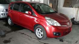 Nissan note 2010 red