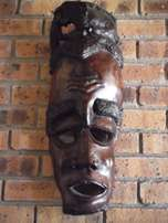 2 African wooden faces