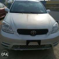 Extremely very clean and fresh Toyota matrix (Lagos clear )