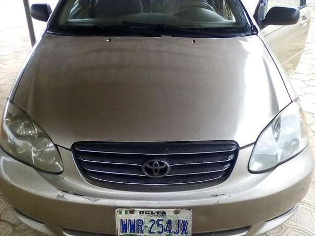 clean used toyota corolla 2004 model LE Akure South - image 2