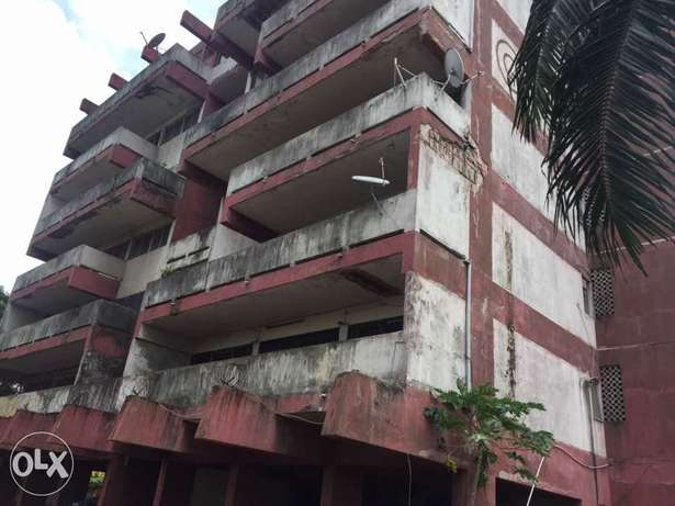 A 7 Storey Building(Block Of Flats) For Sale!! Apapa - image 7