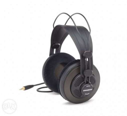 Samson SR850 professional headphones