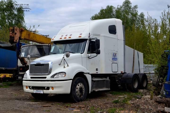 Freightliner Columbia - 2019