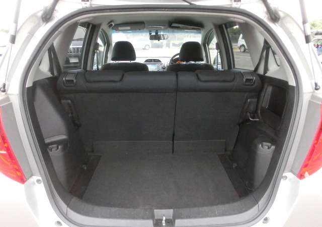 Honda Fit:in mint condition,2009,all colours available Nairobi CBD - image 7