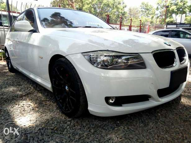 BMW 320i 2010 KCP City Centre - image 3