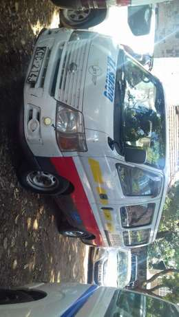 Nissan Caravan 2008 white in color well maintained. Parklands - image 7