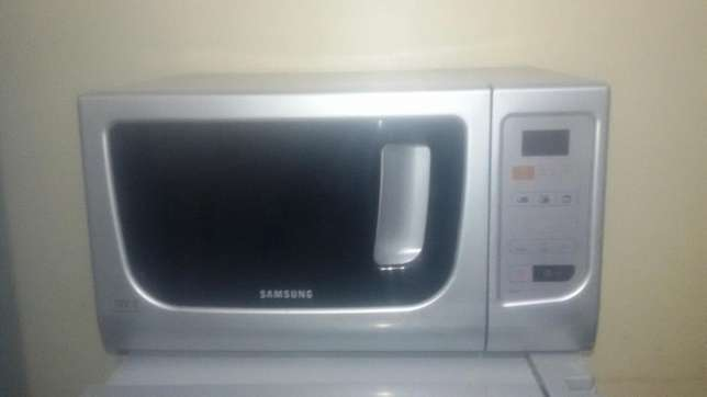Microwave (with Grill) Roysambu - image 6