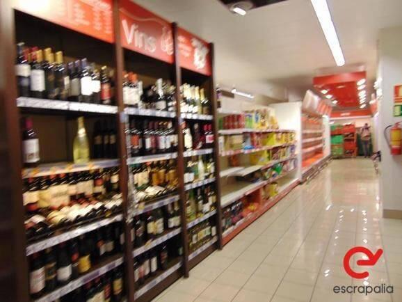 Sale lote de estanterías y mobiliario de supermercado  equipment