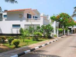 4 Bedroom Modern House with swimming pool for rent in nyali