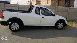 nissan np200 for sale in a very good condition no serious TLC's needed