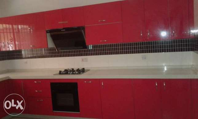 A Lovely 3 Bedrooms Flat for Rent in Lekki Phase 1, Lagos. Ikoyi - image 4