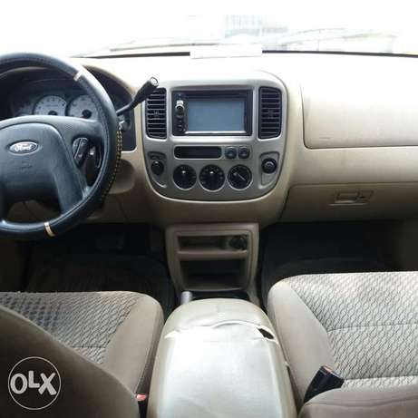 Registered Ford Escape XLT (First Body)- 2004 Oshodi/Isolo - image 4