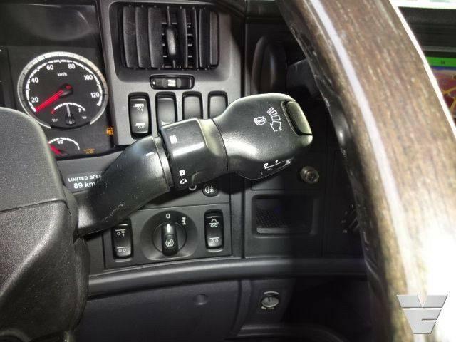 Scania R730 Lb6x2hnb Bdf Chassis Low Kilometer - 2014 - image 8
