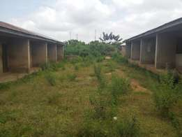 Distress Sale: 15 (nos) Room self-contained by Kwara Poly Gate