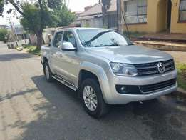 Looking for front amarok twin cap safety belts...