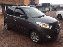 i10 for sale with service book