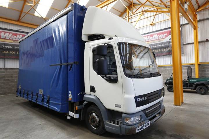 DAF LF45 4 X 2 CURTAINSIDE/BOX GLASS CARRIER - 2009 - RE09 AUX - 2009